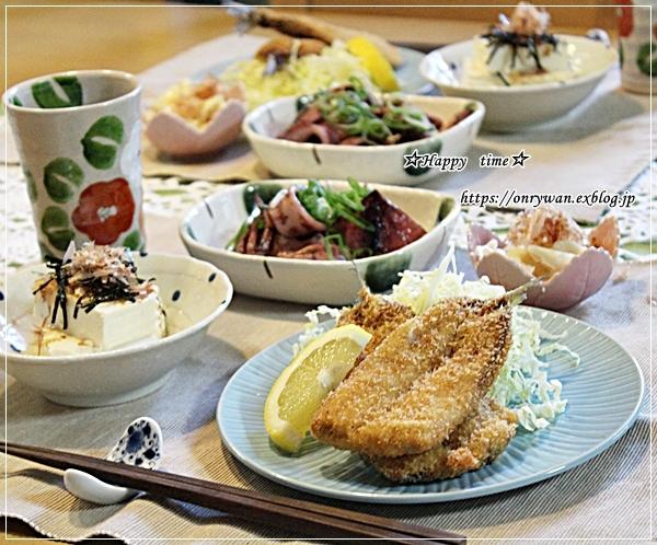 ピリ辛肉野菜炒め弁当とアジフライ♪_f0348032_18411848.jpg
