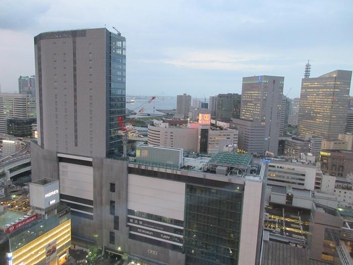 【横浜ベイシェラトン】カクテルタイム【シェラトンクラブ】_b0009849_164655.jpg