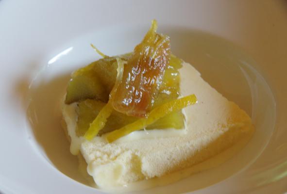ルバーブと芋茎は煮え方がそっくり_c0341450_17234710.jpg