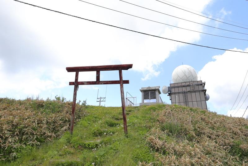 KLXで、中津明神山「天空の林道」へ その1_a0077663_08225964.jpg