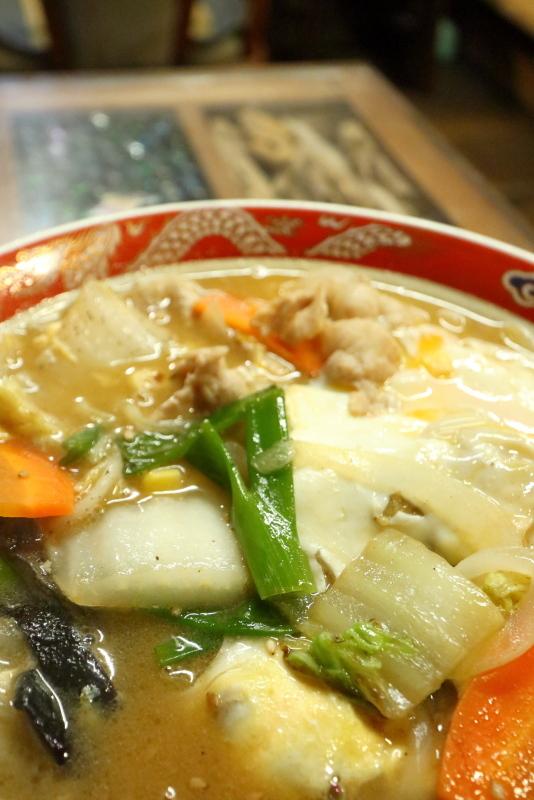 食堂 フライパンは、ザ・昭和!!_a0077663_15503329.jpg