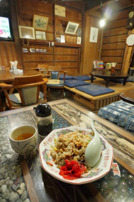 食堂 フライパンは、ザ・昭和!!_a0077663_15503368.jpg