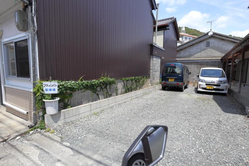 食堂 フライパンは、ザ・昭和!!_a0077663_15503402.jpg