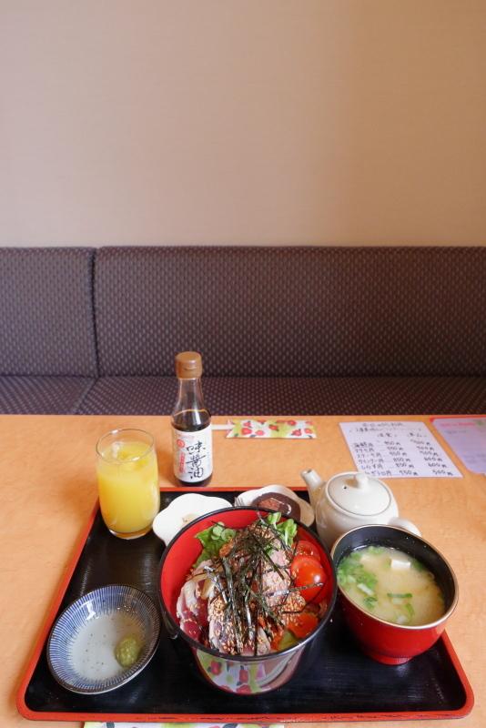 食べ飲み処 花火で、ひしお丼_a0077663_17212332.jpg
