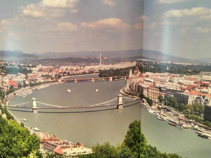 ハンガリー大使館公邸へ_c0195496_14413097.jpg