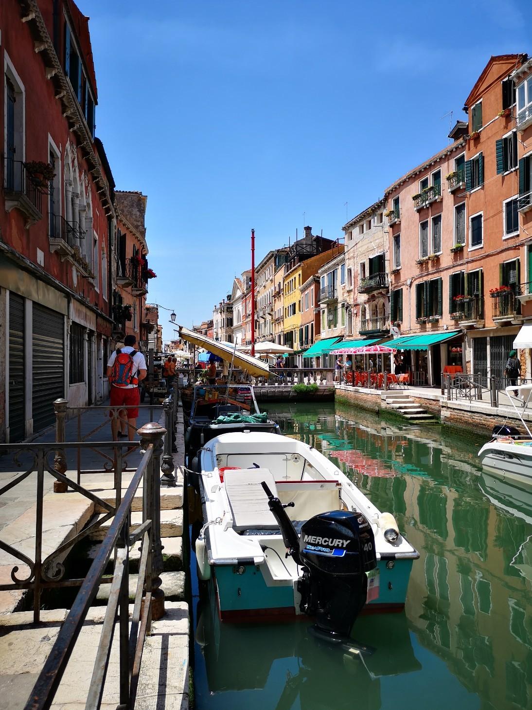 家族でヴェネツィア_f0106597_06344752.jpg
