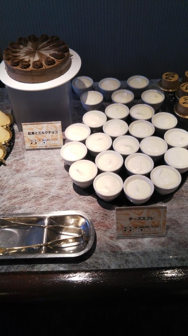 川崎日航ホテル 夜間飛行 チーズスイーツブッフェ_f0076001_23092802.jpg