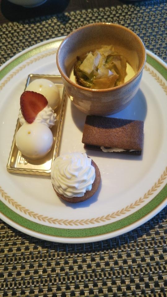 川崎日航ホテル 夜間飛行 チーズスイーツブッフェ_f0076001_23175396.jpg