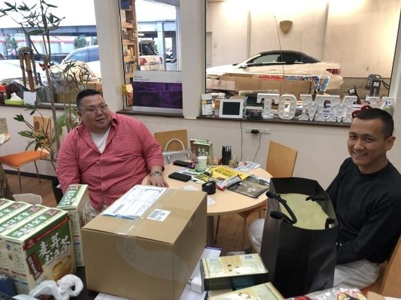 6/16 父の日 マサ店ブログ(^^♪ご成約 ×2 ランクル、ハマー、ハイエース カスタムならTOMMY_b0127002_18480006.jpg