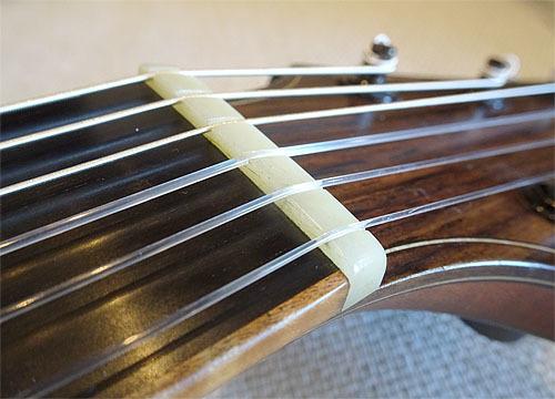 ヨコヤマギター「AR-WR #300」 にガット弦を張ってみた!_c0137404_19272639.jpg