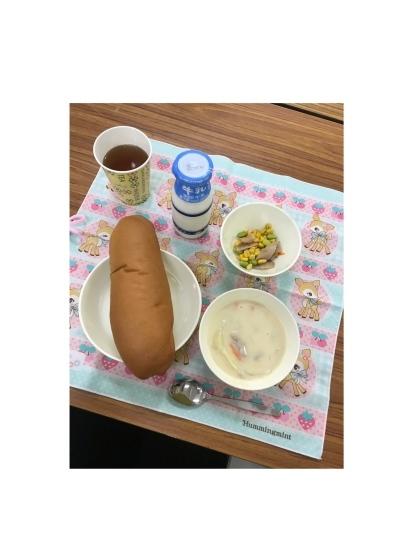給食試食会_e0179943_03442187.jpeg