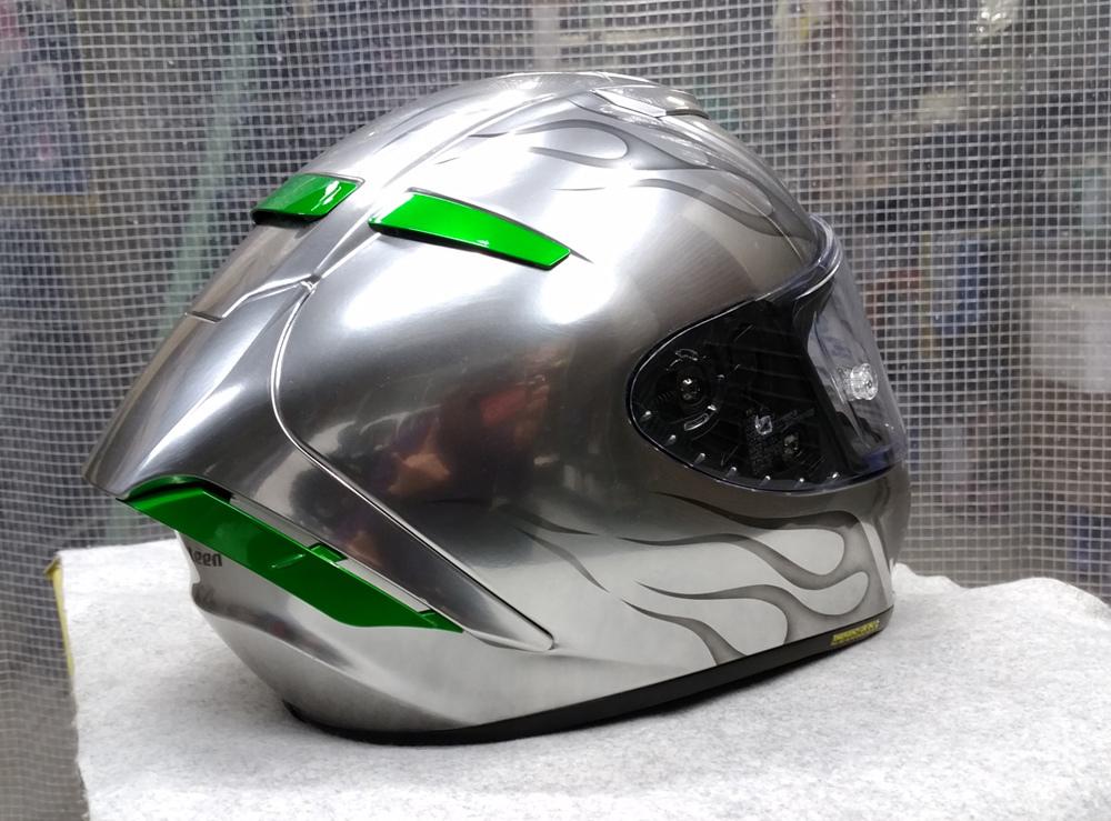 ショウエイのX-14を塗ってみた。輩のカワサキ Ninja H2乗り専用。_d0130115_13254561.jpg
