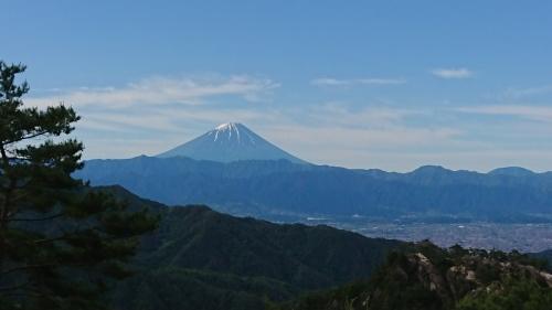 今日の富士山_d0167225_13282855.jpg