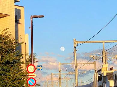 """""""ストロベリームーン""""という名の満月は、好きな人と一緒に…。^^~昨日の月のおはなしも~_b0298740_14045345.jpg"""