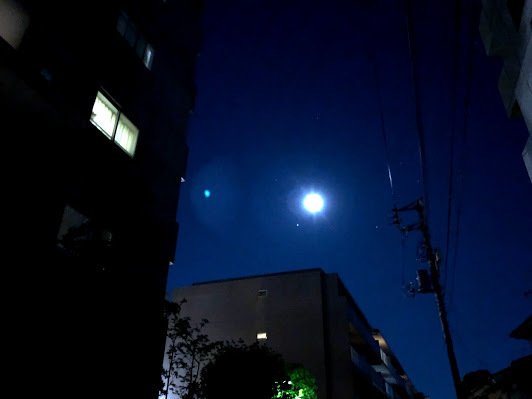 """""""ストロベリームーン""""という名の満月は、好きな人と一緒に…。^^~昨日の月のおはなしも~_b0298740_14052116.jpg"""