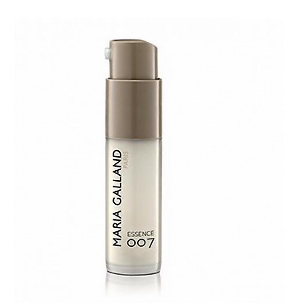 目元専用3Dヒアルロン酸の美容液。_e0108851_23550934.jpg