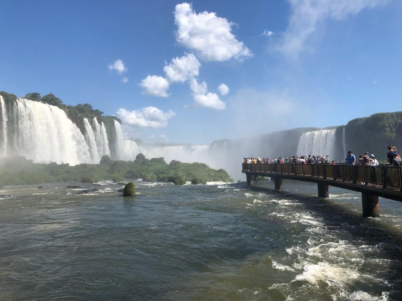 中南米の旅/59 フロリアーノ滝でびしょ濡れ!@イグアス_a0092659_19060679.jpg