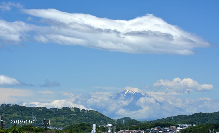この日は‥ 『90km先の富士』_d0251161_08161850.jpg
