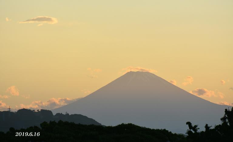 この日は‥ 『90km先の富士』_d0251161_08165775.jpg