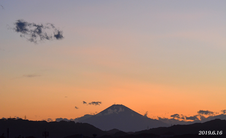 この日は‥ 『90km先の富士』_d0251161_08171775.jpg