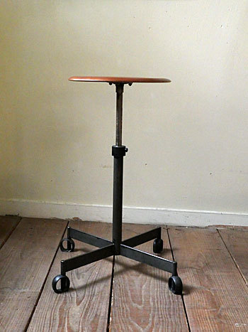stool_c0139773_17255150.jpg