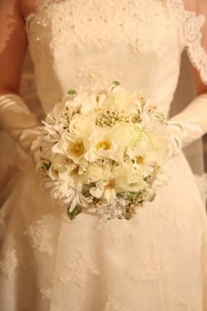 卒花様で今アシスタントの方より、結婚式12年後の、今のお話 7つの花_a0042928_19272992.jpg