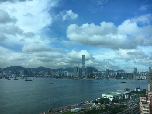 香港へ到着_d0011635_17201484.jpg