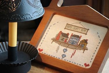 ブリキシェードのランプに刺繍フレームとスケール_f0161543_15595110.jpg