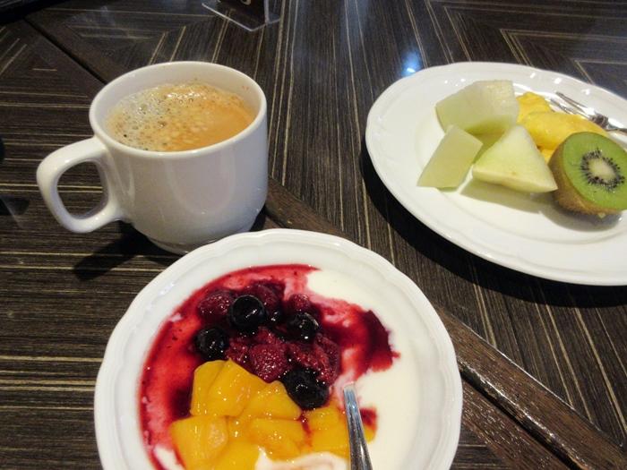 【コンパスで朝食ビュッフェ@横浜ベイシェラトン】_b0009849_17392653.jpg