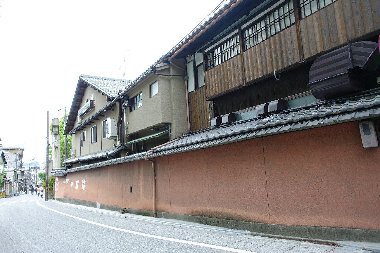 円山公園から八坂神社へ_c0112559_07371076.jpg