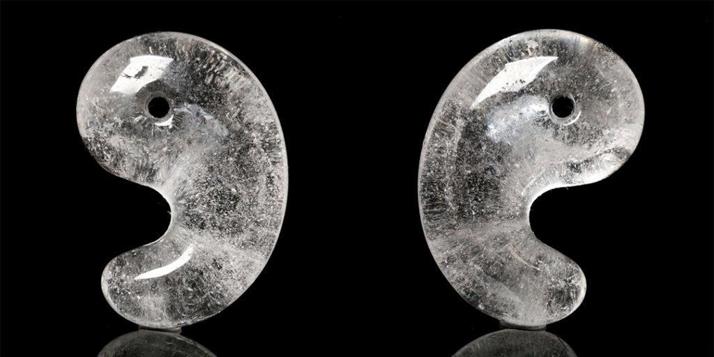 (ネット先行販売!)ヒマラヤ水晶勾玉(インド・マニカラン産)_d0303974_17094000.jpg