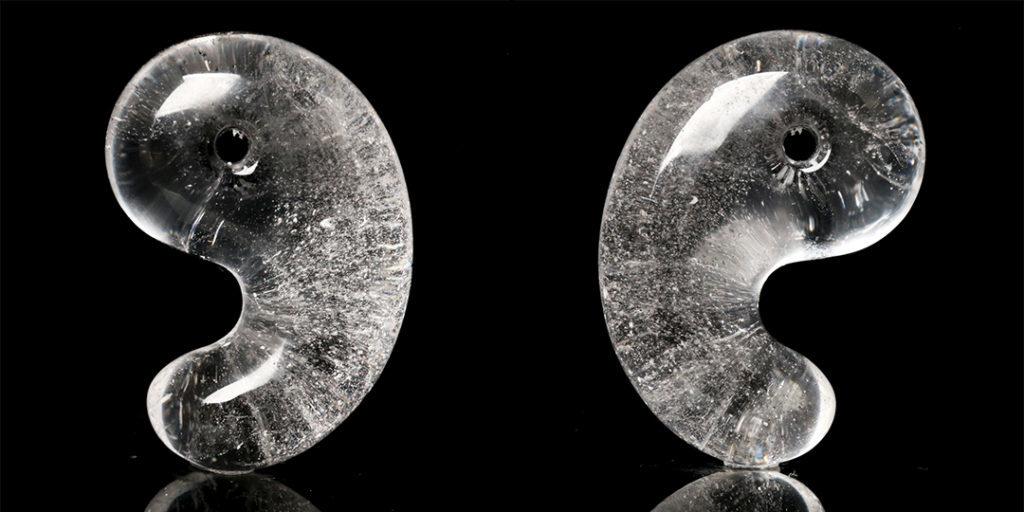 (ネット先行販売!)ヒマラヤ水晶勾玉(インド・マニカラン産)_d0303974_17094031.jpg