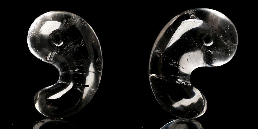 (ネット先行販売!)ヒマラヤ水晶勾玉(インド・マニカラン産)_d0303974_17094139.jpg