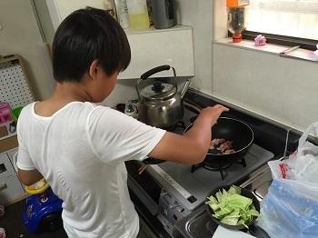 料理男子!! チビ'ズ キッチン~~♪_e0123286_19362121.jpg