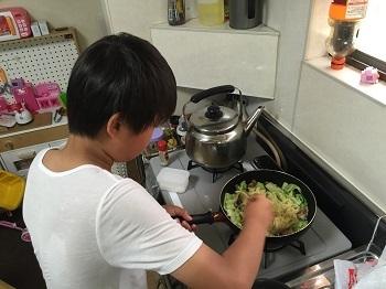 料理男子!! チビ'ズ キッチン~~♪_e0123286_19365070.jpg