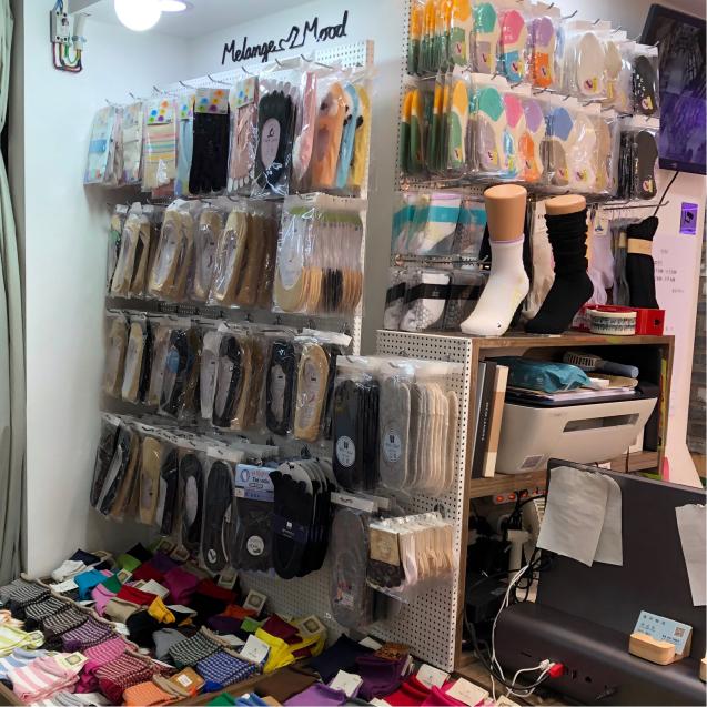 19年6月ソウル その2☆東大門で靴下買うならココ!_d0285416_19025531.jpg