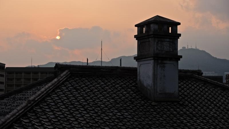東山手の夕陽_f0315034_13112957.jpg