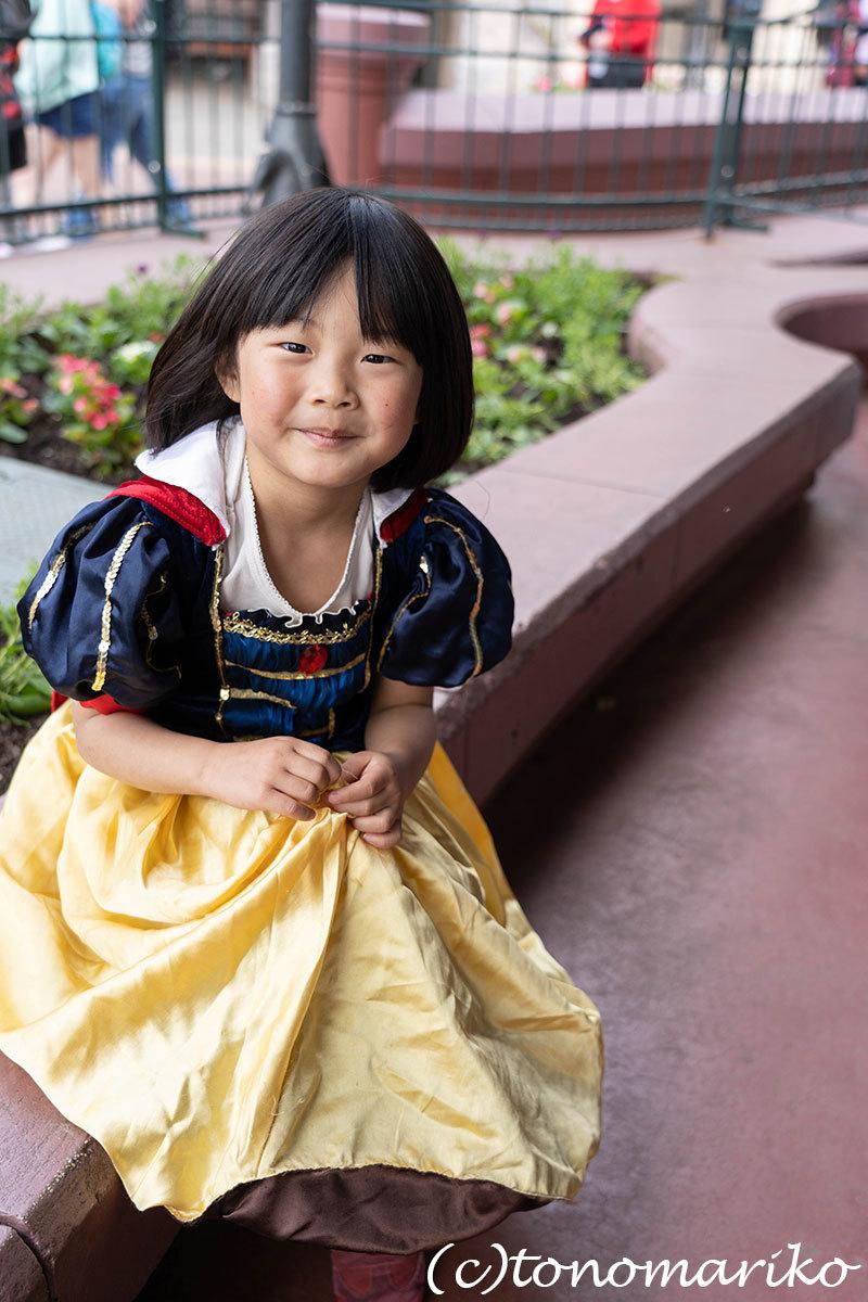 白雪姫ちゃんのお誕生日ディズニーランド_c0024345_18201255.jpg