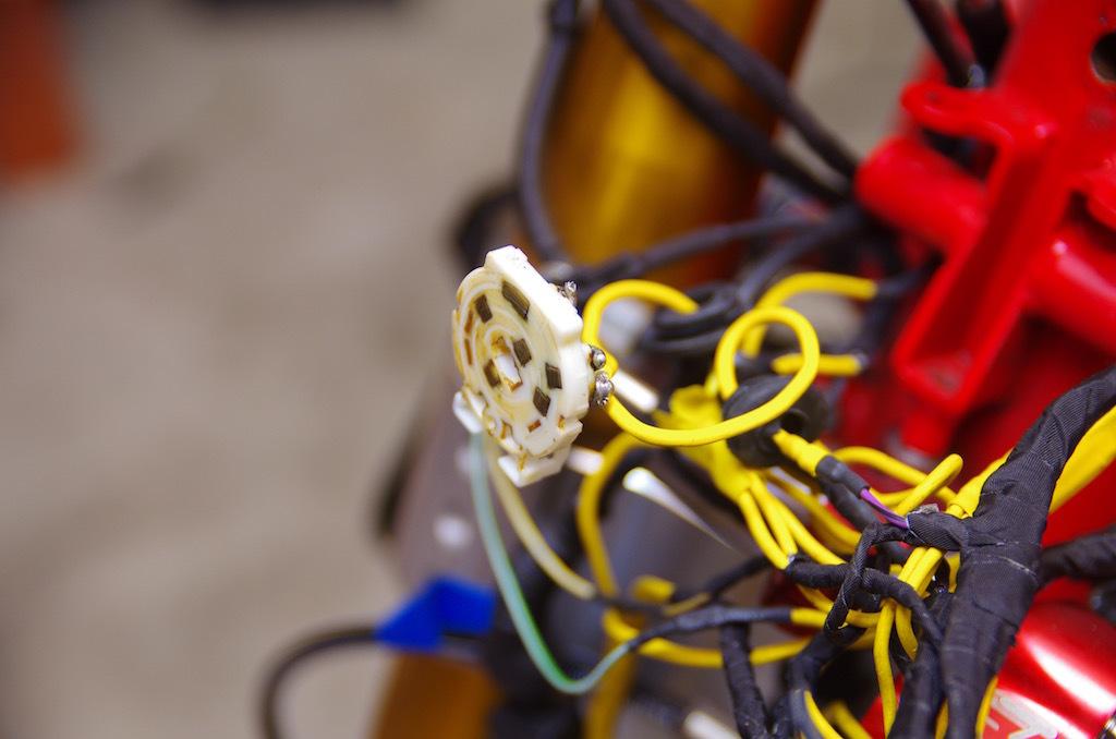 【DB7】サーミスタ回路 ACC電源がアレの件。原因はリレーか!?_e0159646_02490847.jpg