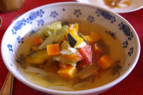 活性酸素から身を守るには野菜スープが一番だって?_c0341450_12460712.jpg