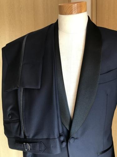 ~俺の結婚式の衣装は~ 憧れの「007」のコスプレだ! 編_c0177259_19263669.jpeg