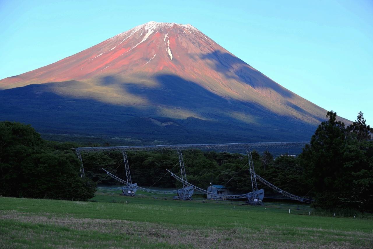 夏姿の富士山にストロベリーム~ン_a0188405_07470666.jpg
