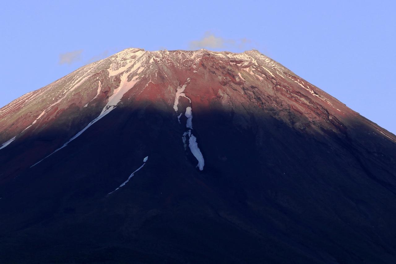 夏姿の富士山にストロベリーム~ン_a0188405_07472088.jpg