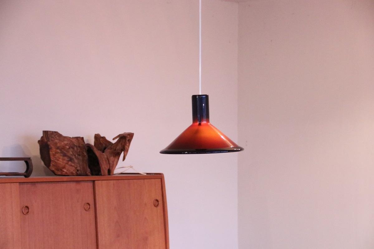 『新潟市K様邸へ Holmgaard Red Lamp』_c0211307_16161334.jpg