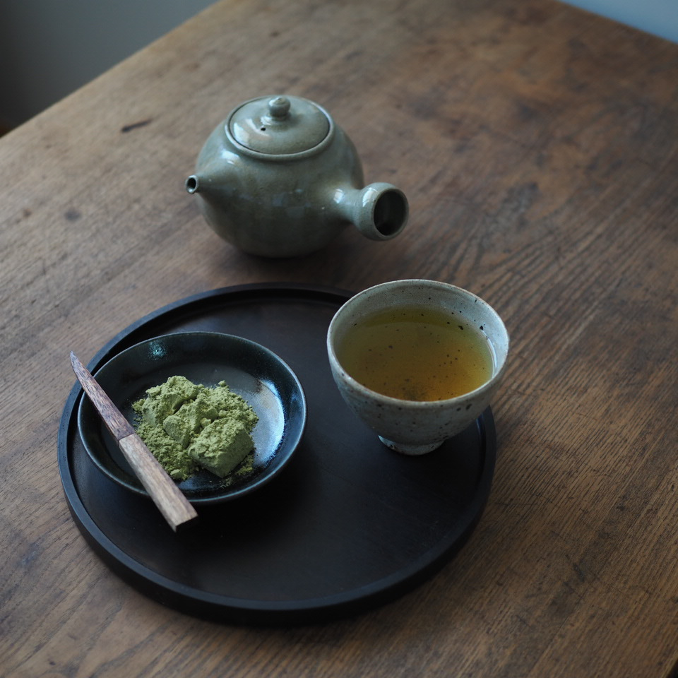 お茶の時間・4人の器で_b0206421_16000656.jpg
