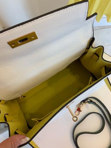 I love yellow!_c0223630_13081348.jpg