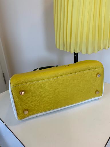 I love yellow!_c0223630_13083214.jpg