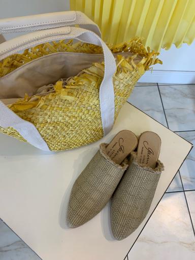 I love yellow!_c0223630_13094573.jpg