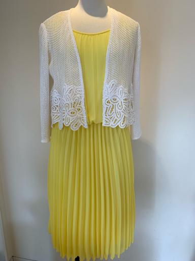I love yellow!_c0223630_13104897.jpg