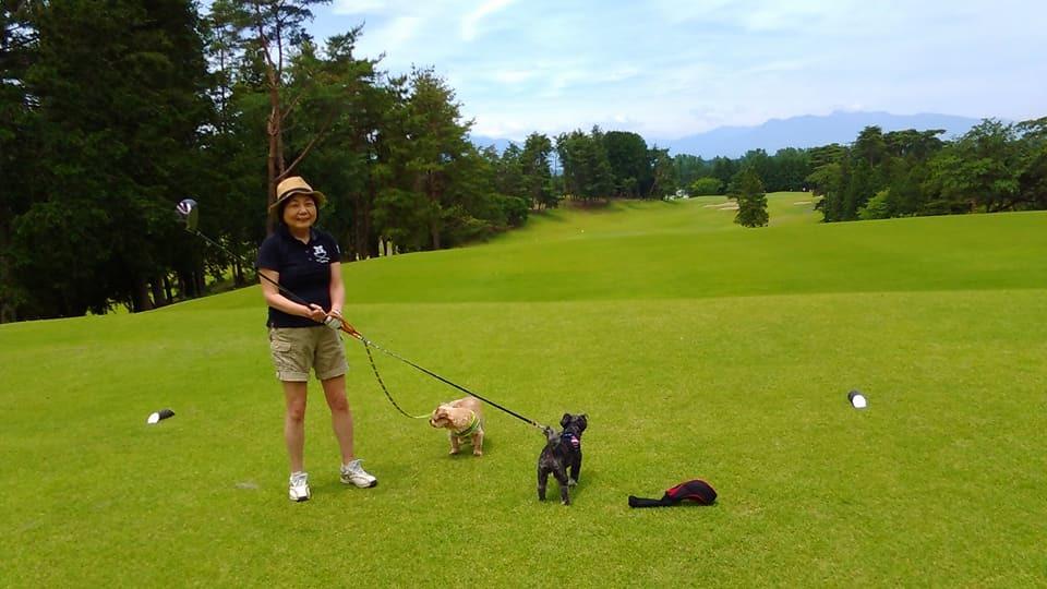 犬とゴルフ_d0228130_08251541.jpg